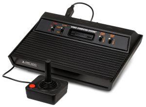 1280px-Atari-2600-Console